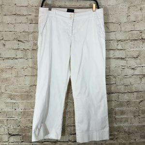 The limited Cassidy fit white Capri pants size 6